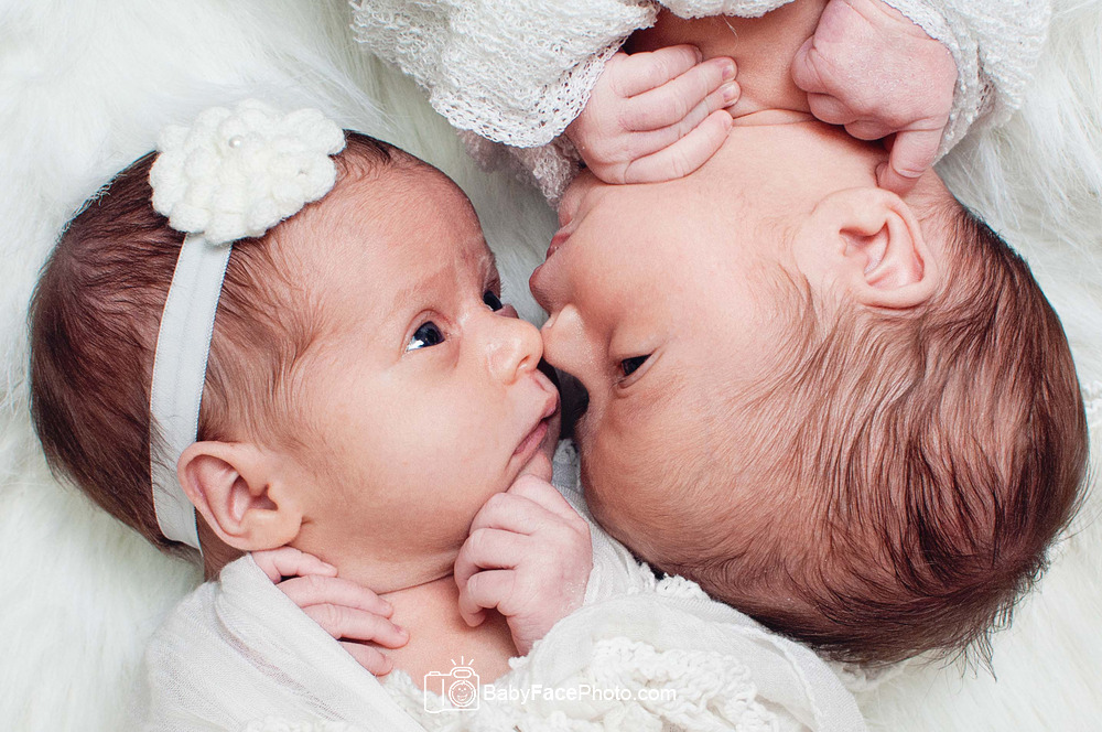 Newborn photographer frederick md newborn twins